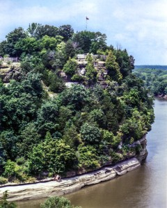 Starved Rock and Illinois River